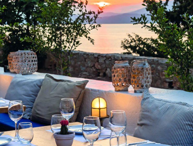 Téchnē: Το εστιατόριο στην Ύδρα με την ονειρική θέα που προάγει την... τέχνη της γαστρονομίας!