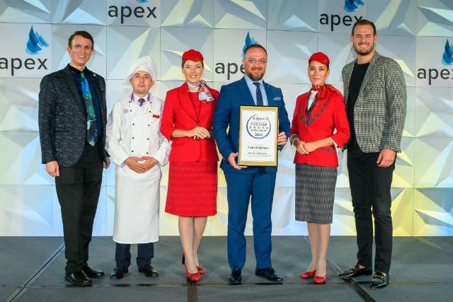 Turkish Airlines: Διακρίθηκε ως η Παγκόσμια Αεροπορική Πέντε Αστέρων για το 2020
