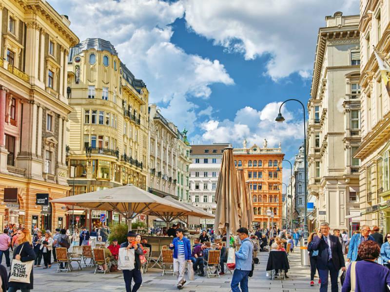 Βιέννη: Όλα όσα πρέπει να ξέρετε για ένα παραμυθένιο ταξίδι!