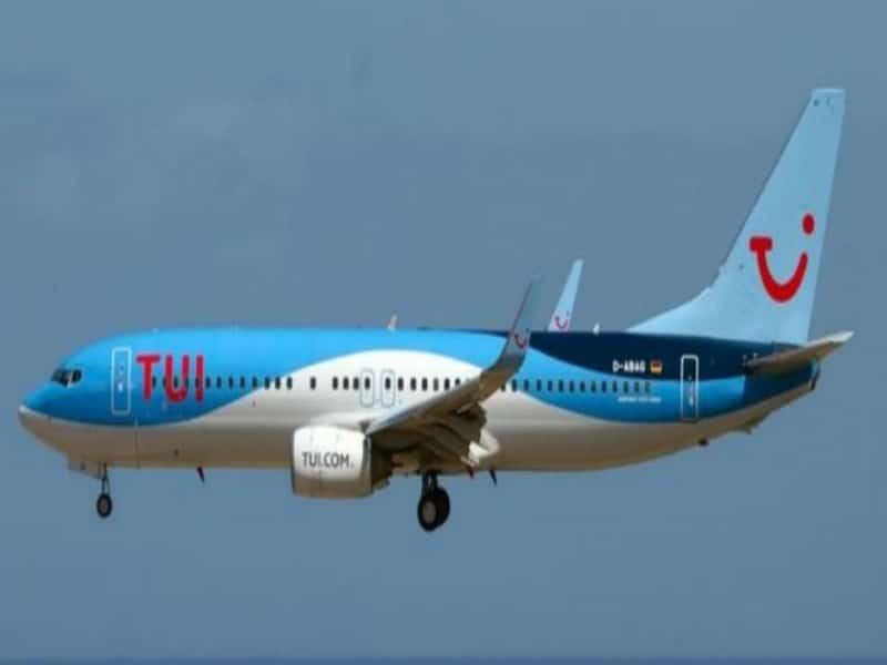 Δείτε ποια αεροπορική εταιρία προσφέρει εκατοντάδες νέες θέσεις εργασίας!