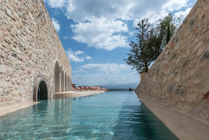 Euphoria Retreat πισίνα