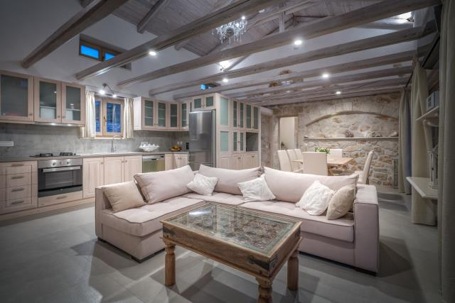 Odysseus Estate σαλόνι