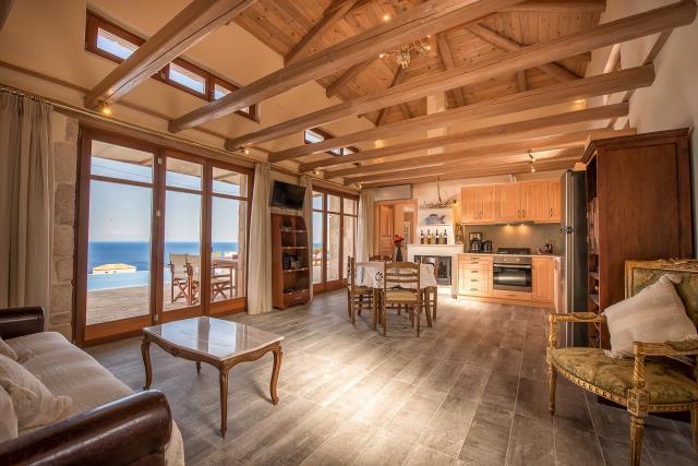 Odysseus Estate καθιστικό-κουζίνα
