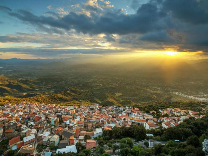 Ο δήμαρχος ενός χωριού στη Σαρδηνία καταγγέλλει το Google Maps! Ο απίστευτος λόγος…