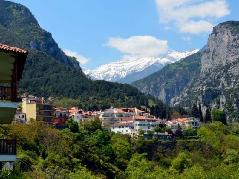 Το CNN αποθεώνει τα ελληνικά χωριά! Ποια είναι τα ομορφότερα;