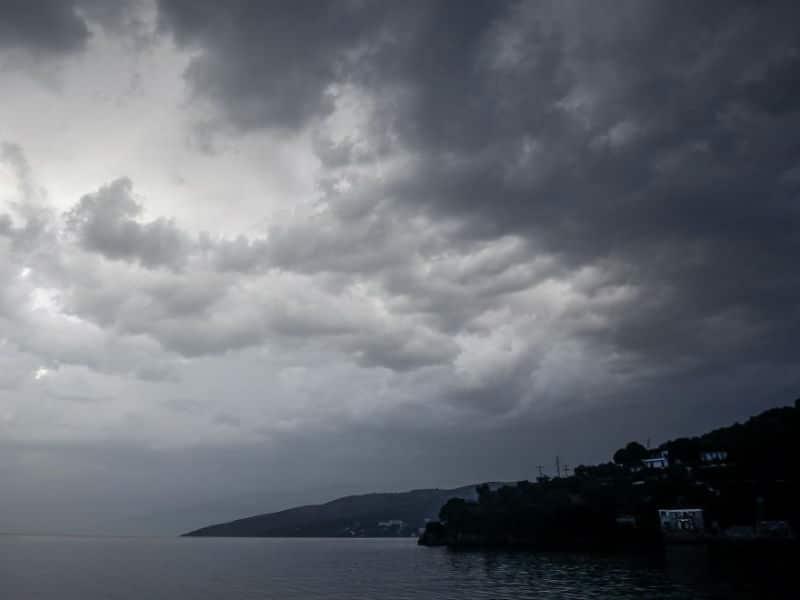Καιρός: Έρχονται βροχές και καταιγίδες! Προσοχή σε αυτές τις περιοχές!