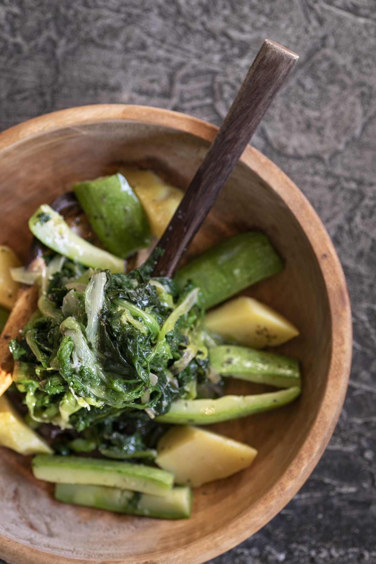 Mamalouka salad