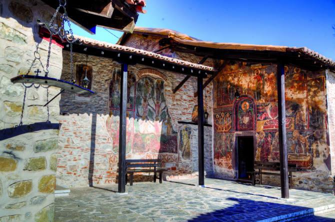Η Μονή Παναγίας Μαυριώτισσας, Καστοριά
