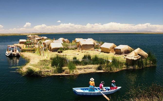 Νησάκια Uros, λίμνη Titicaca, Περού