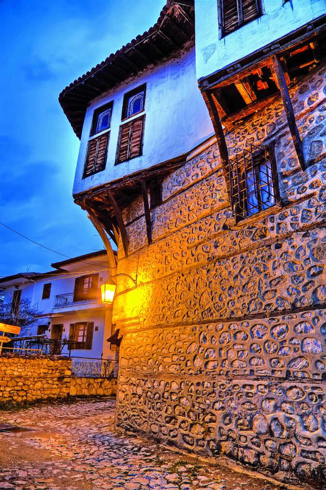 Το Ντολτσό, Καστοριά