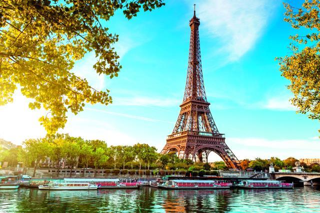 Ξενοδοχεία με θέα τον Πύργο του Άιφελ