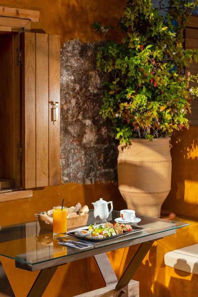 Πρωινό, 10GR Hotel Wine Bar