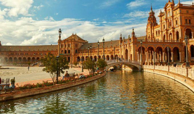 Σεβίλλη: Τα πιο ειδυλλιακά μέρη στην πόλη της αιώνιας ισπανικής γοητείας!
