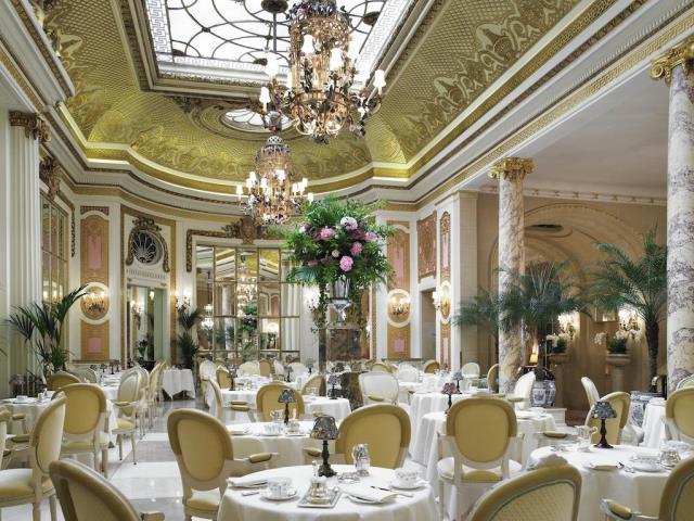 The Ritz τραπεζαρία
