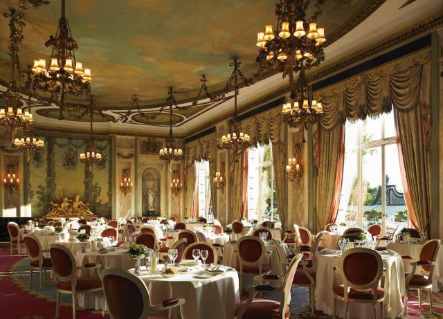 The Ritz τραπεζαρία 1