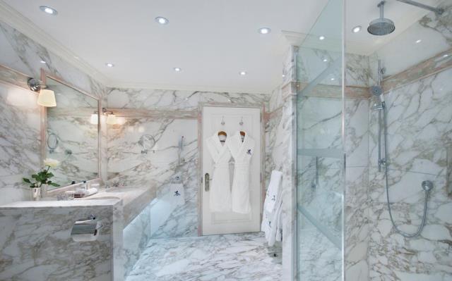The Ritz μπάνιο
