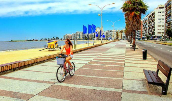 Σε αυτή τη χώρα του εξωτερικού 6.000 κάτοικοι μιλούν άπταιστα ελληνικά και γιορτάζουν την 28η Οκτωβρίου!