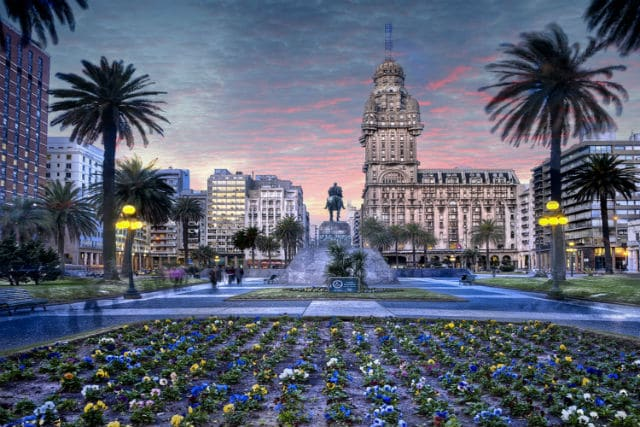 Ουρουγουάη πλατεία