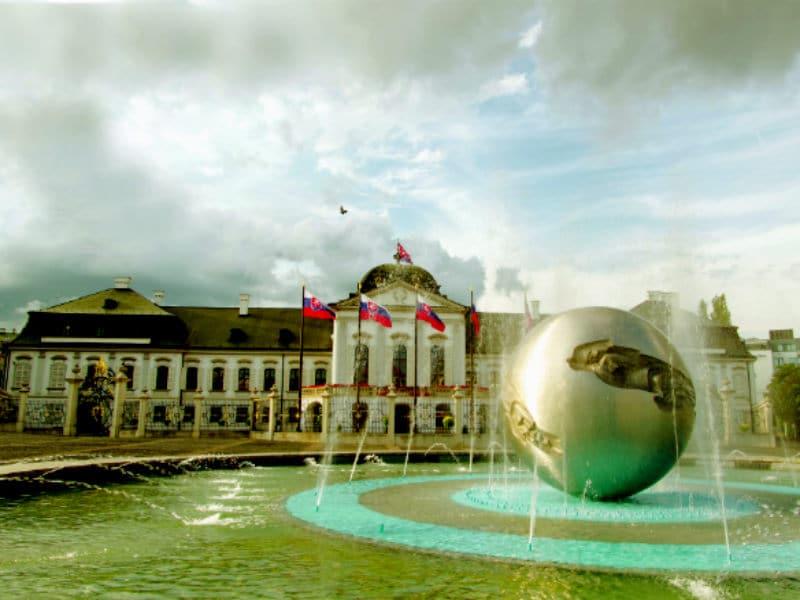 Μπρατισλάβα: 20+1 λόγοι που θα σας πείσουν να την επισκεφθείτε!