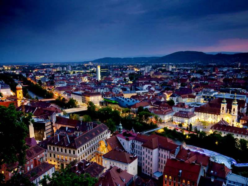 Γκρατς: 48 ώρες στη «παραμυθένια» πόλη της Αυστρίας!