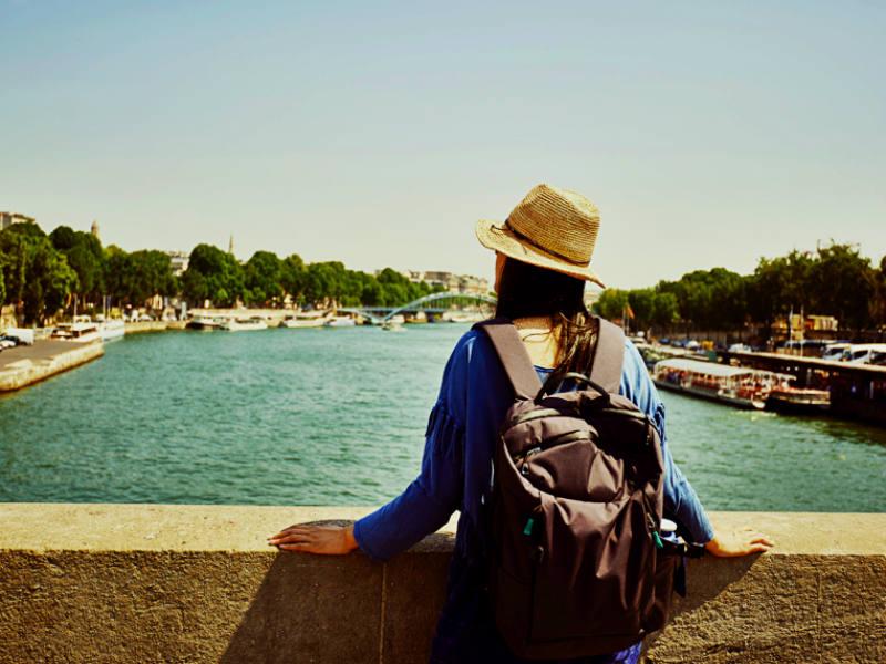 Οι ιδανικοί προορισμοί για τις γυναίκες που ταξιδεύουν μόνες τους!