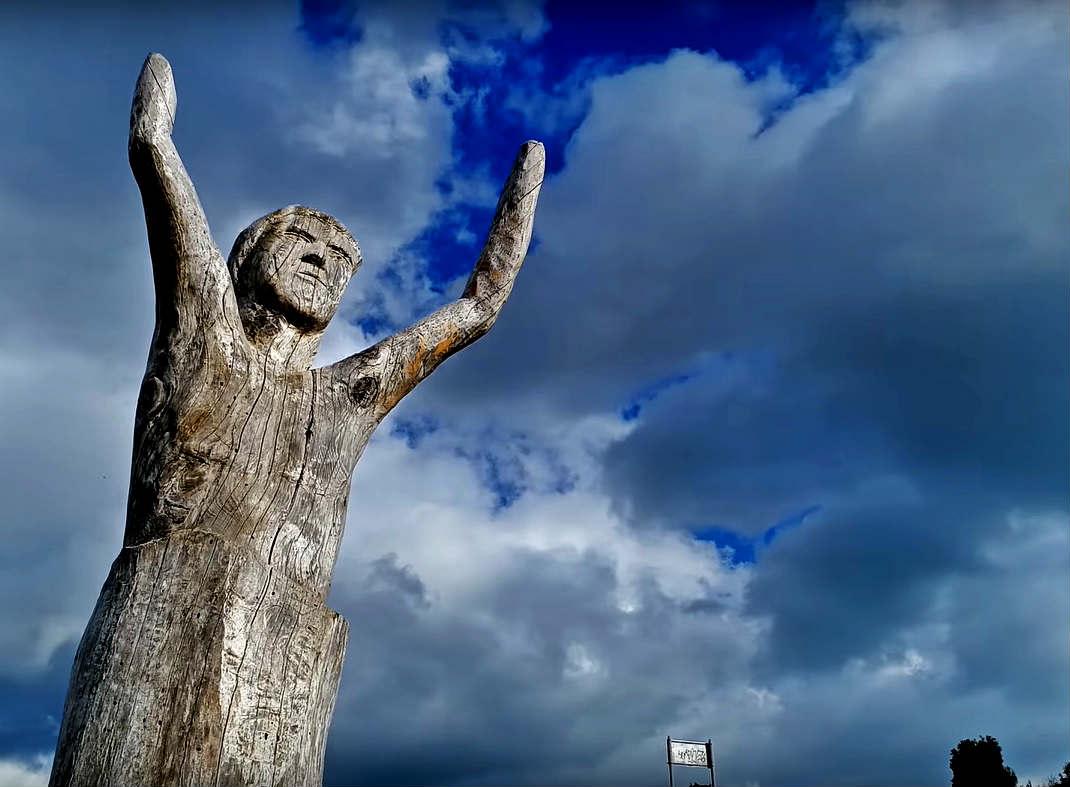 Πάρκο των Ψυχών: Ξενάγηση στο πιο creepy «μουσείο» της Ελλάδας! (video)