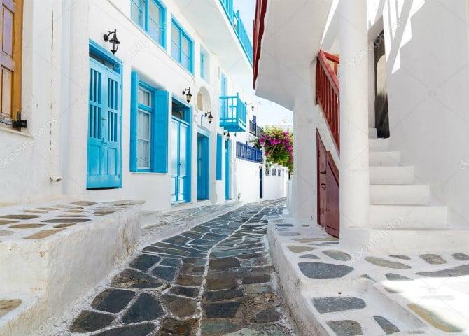 Σοκάκια Μυκόνου, ελληνικός δρόμος