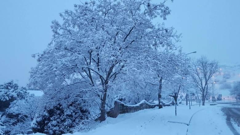 Καιρός 27/5: Θα μας τρελάνει! Βροχές καταιγίδες μέχρι και χιόνια έχουμε μαζί με χαλάζι