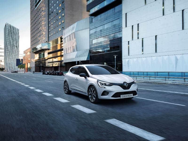 Το Groupe Renault αναβαθμίζει τη στρατηγική των ηλεκτρικών οχημάτων του, με το νέο Renault Clio E-TECH και το νέο Renault Captur E-TECH Plug-in