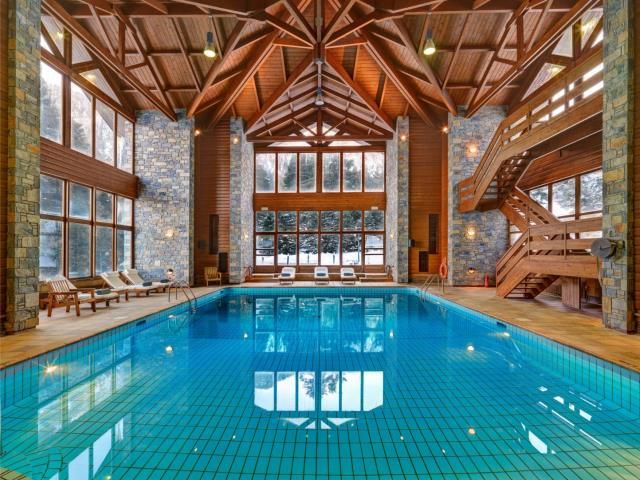Elatos Resort 9