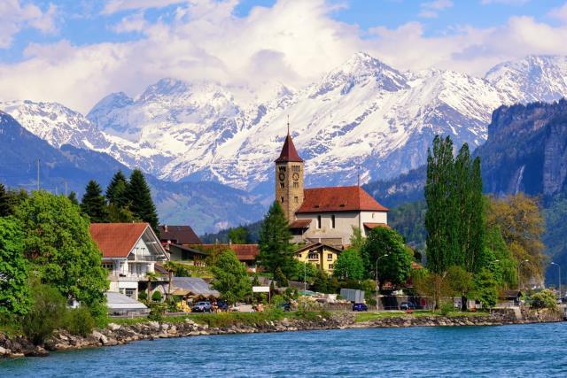 Ιντερλάκεν, Ελβετία