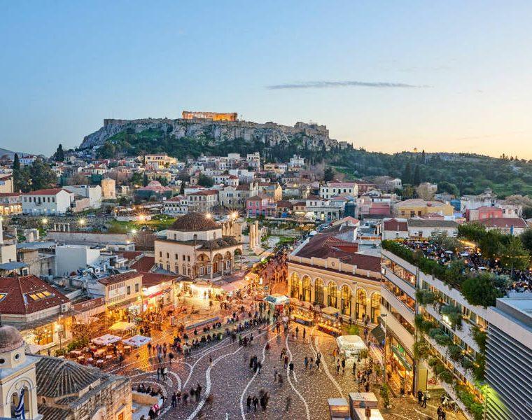 Αθήνα φωτισμένη