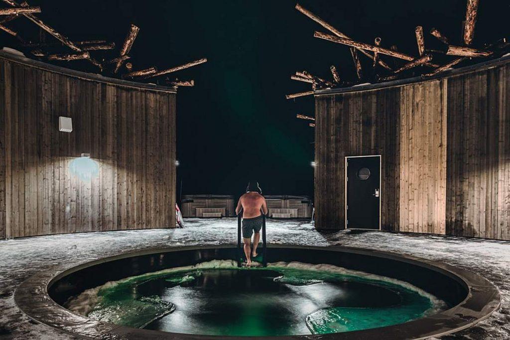 Ξενοδοχείο Arctic Bath spa τζακούζι