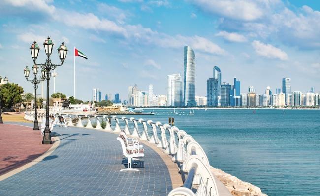 Παραλιακό δρόμος Corniche, Άμπου Ντάμπι
