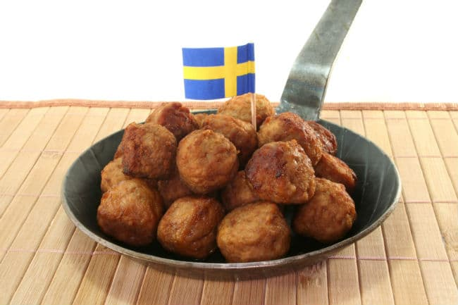Köttbullar σουηδικά κεφτεδάκια
