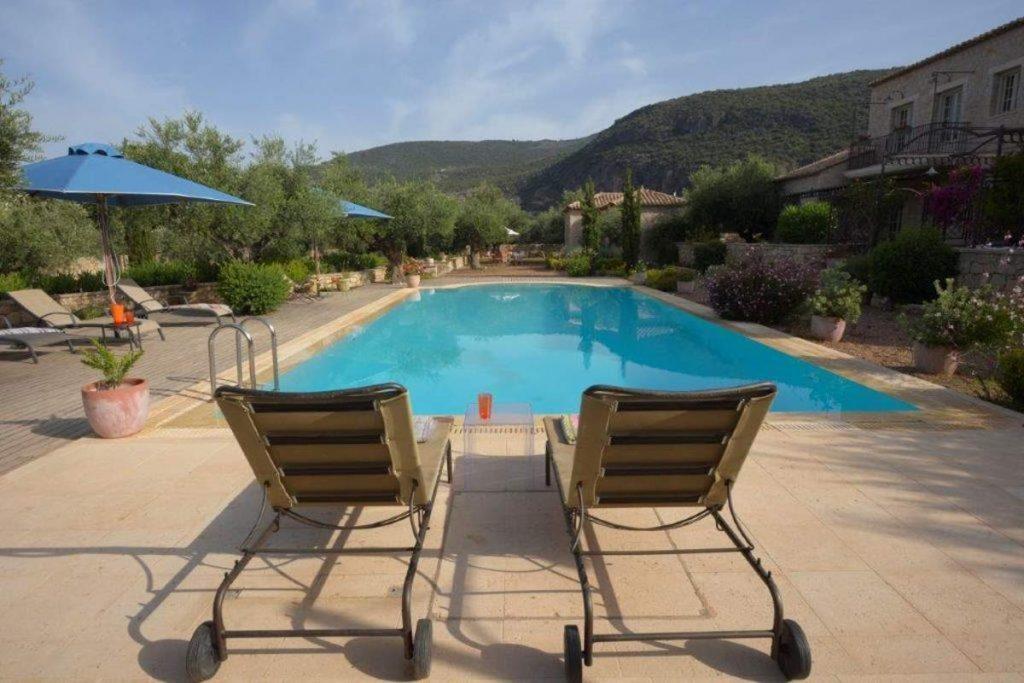 Ξενώνας Liodentra, Καρδαμύλη - πισίνα