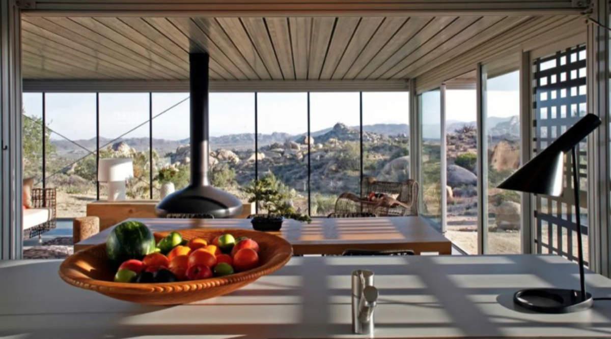 Off-The-Grid House, Pioneertown, Καλιφόρνια airbnb ή ξενοδοχείο συμβουλές από Τάσο Δούση για ασφάλεια