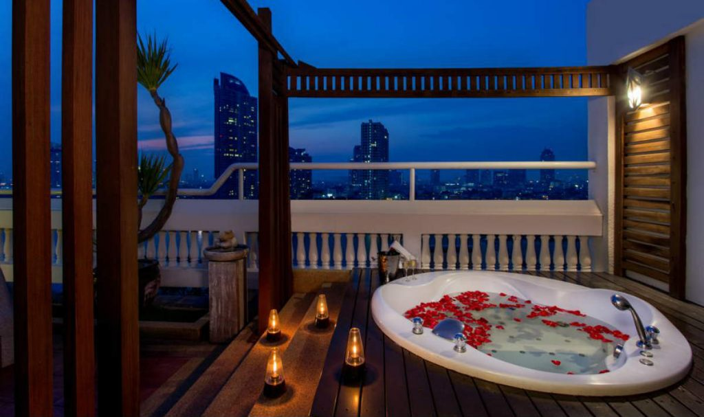 Ramada Plaza Bangkok Menam Riverside ξενοδοχείο