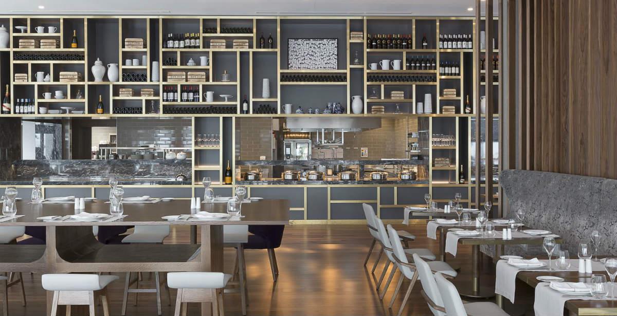 Salonica Restaurant Χρυσοί Σκούφοι