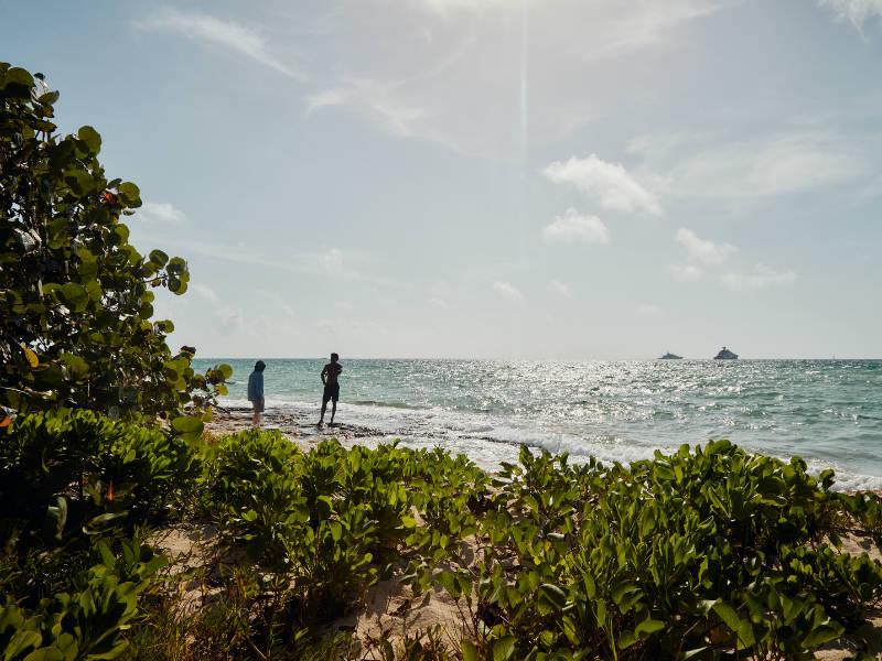 Airbnb: 5 τυχεροί θα ταξιδέψουν δωρεάν στις Μπαχάμες για καλό σκοπό!