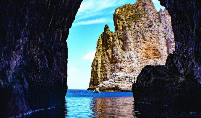 Αιγάδες Νήσοι: Νησιά στην Ιταλία - Σικελία