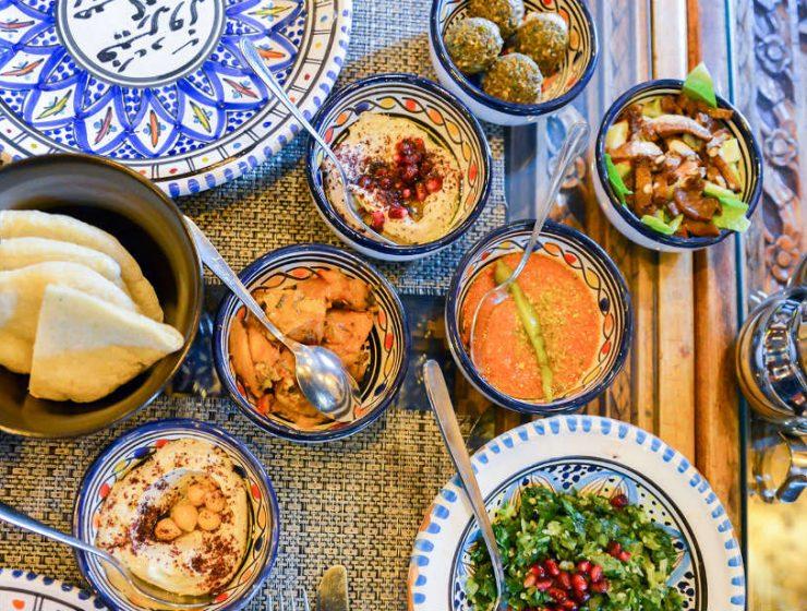 Ιορδανική κουζίνα: Φαγητά και ποτά που πρέπει να δοκιμάσετε!