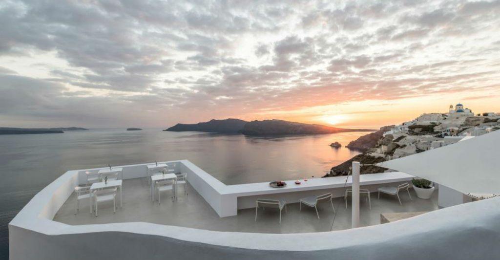 Saint Santorini θέα