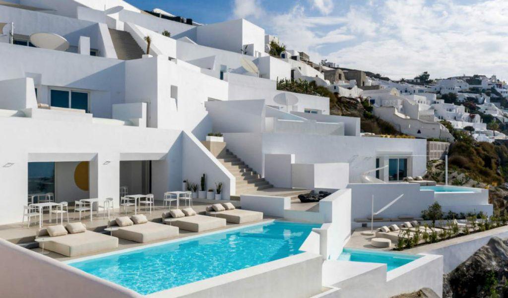 Saint Santorini - εξωτερική άποψη