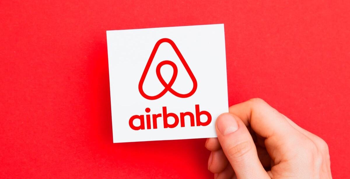 Η νέα απόφαση της Airbnb που θα βοηθήσει τους οικοδεσπότες ανά τον κόσμο!