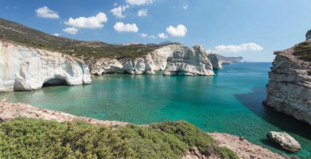Παραμιλάει η Daily Mail για διακοπές στην Ελλάδα. Ποιους  προορισμούς αποθεώνει…