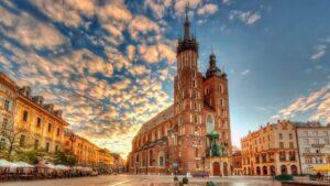 """Κρακοβία: Ένα ταξίδι """"όνειρο"""" που θα κάνουμε μετά το lockdown! H πόλη-κόσμημα της Πολωνίας μάς αποκαλύπτει τα μυστικά της… (βίντεο)"""