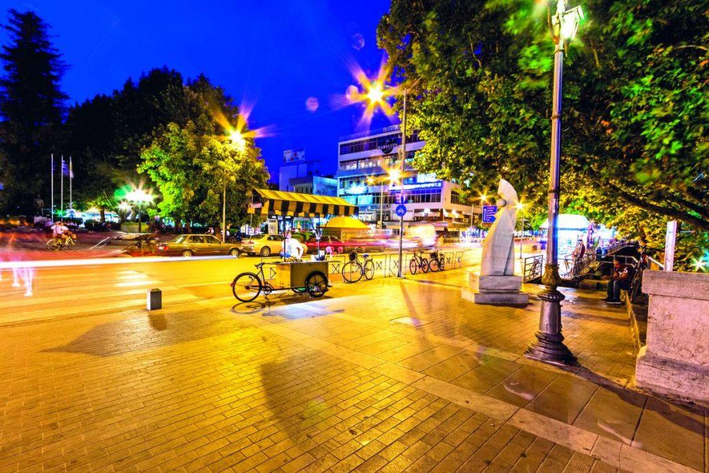 Στο κέντρο της πόλης των Τρικάλων