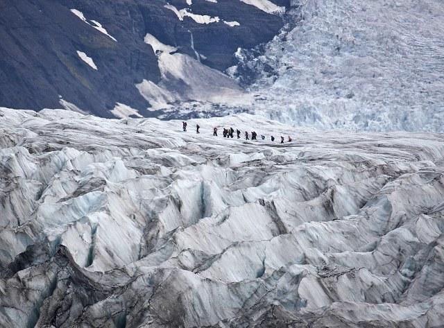 Ο παγετώνας Svinafellsjokull αποτελεί μέρος του μεγάλου παγετώνα Vatnajökull