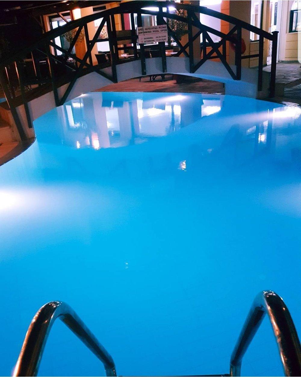 Η πισίνα στο Valledi Village Hotel